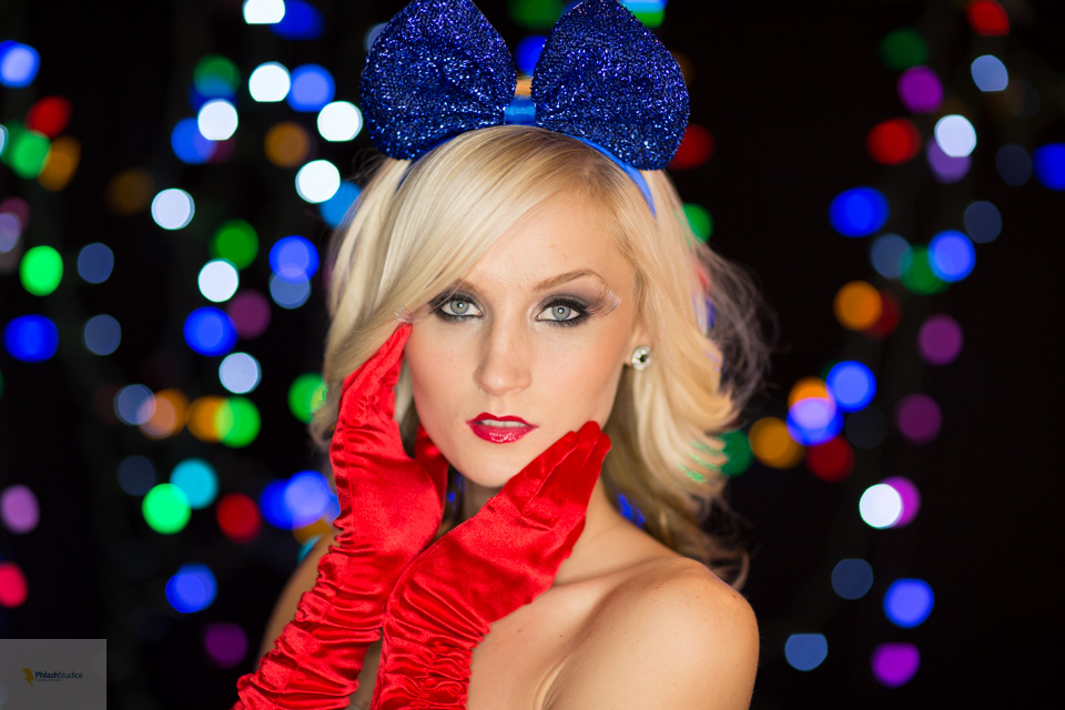 A Holiday Shoot with Phlash Studios and Jasmine